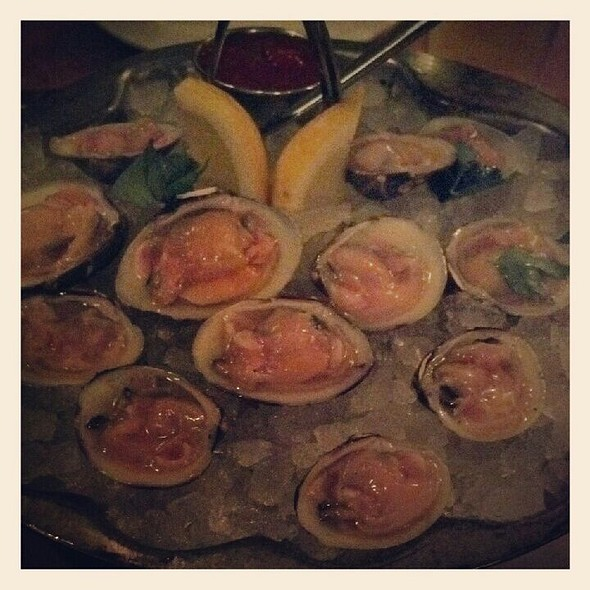 Little Neck Clams @ Pearl Oyster Bar