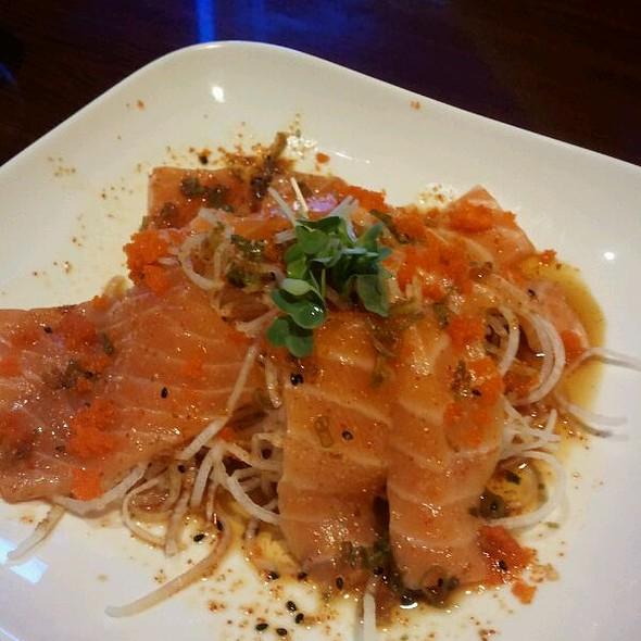 Spicy Salmon Sashimi @ Sushi Loca