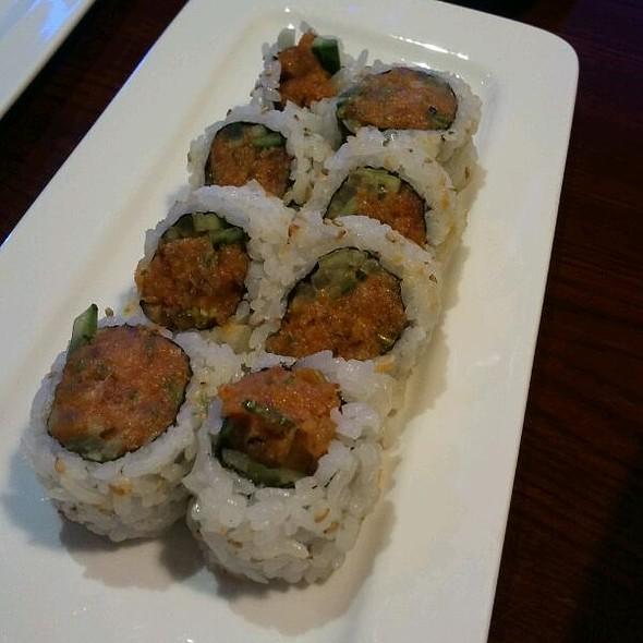 Spicy Tuna Roll @ Sushi Loca
