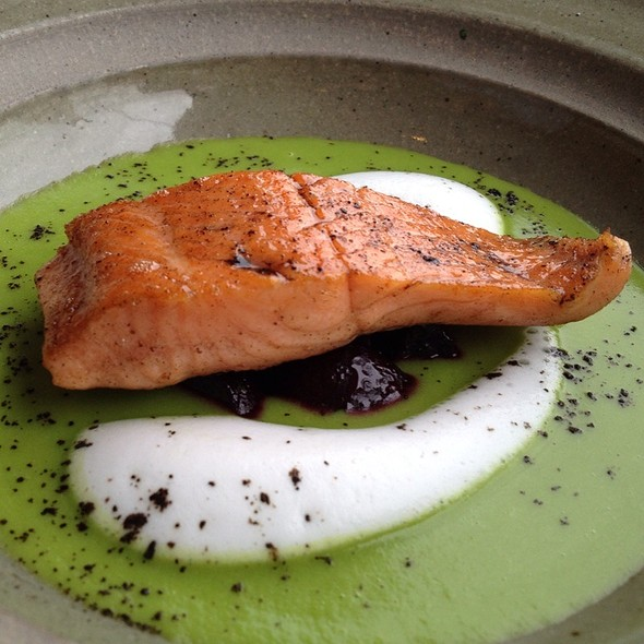 Green Pea Soup With Roasted Baby Beets, Wood Sorrel & Cold Smoked Phisantekraal Trout @ Jordan Wine Estate