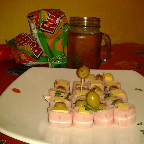 carnes frias & beer @ Mi Casa En Angostura