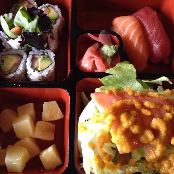 Sushi Lunch - Billy Tse's Restaurant, Boston, MA