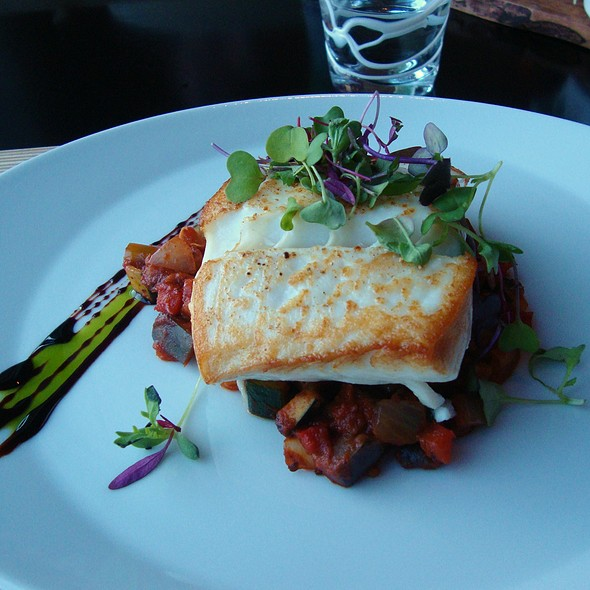 Halibut w/ Tomato & Pepper Stew @ ART Restaurant & Lounge / Old Concept