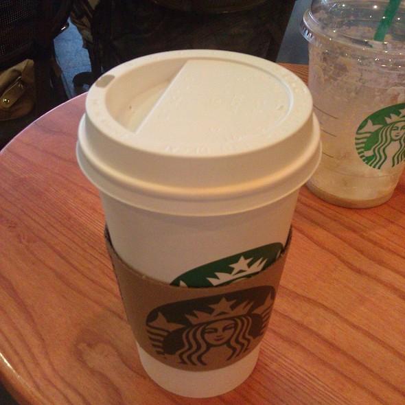 Hot Chocolate @ Starbucks Kanyon