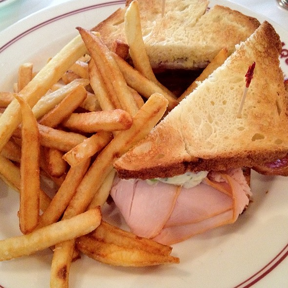turkey club @ Aquitaine Boston