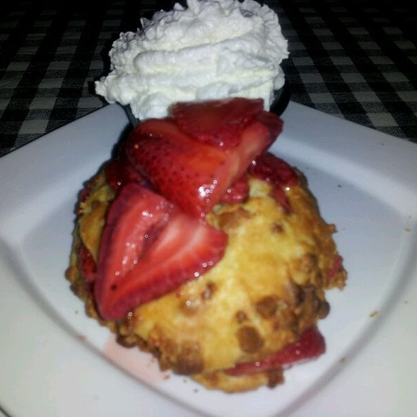 White Chocolate Strawberry Shortcake @ J Timothy's Taverne