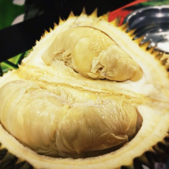 Durian Fascinating Fruits @ Ucok Durian