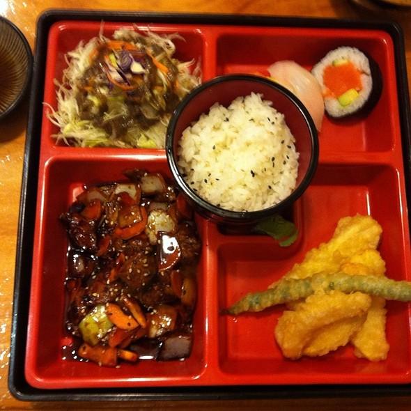 Moto sushi bar menu auckland foodspotting for Xi an food bar auckland