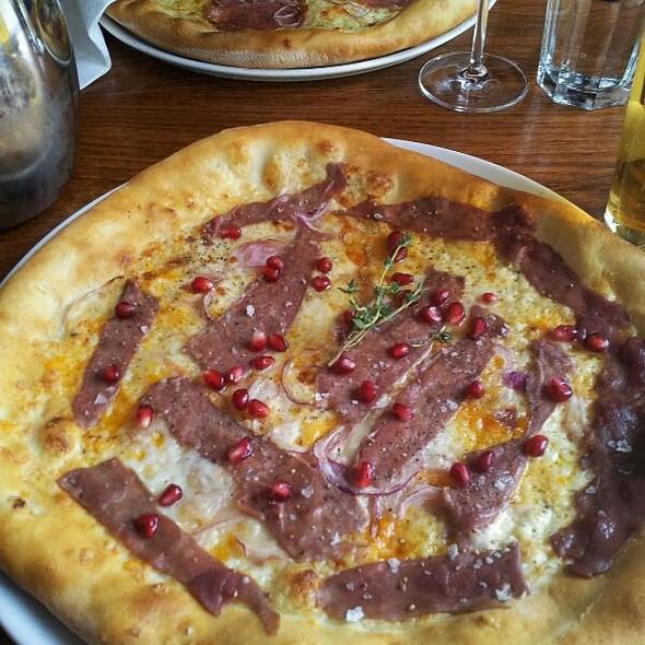 Pizza with Raindeer @ Åpent Bakeri