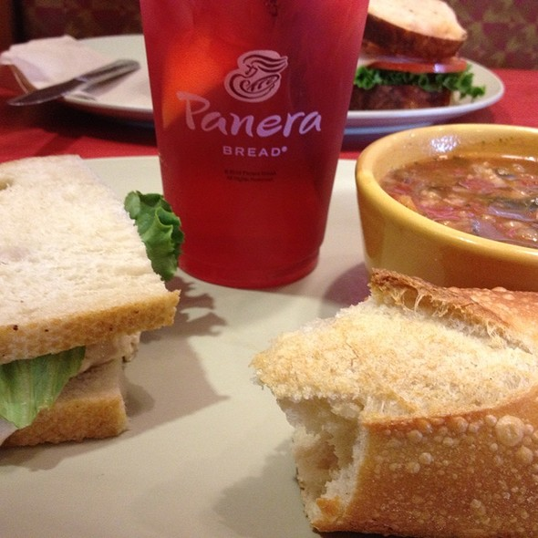 Soup And Sandwhich @ Panera Bread