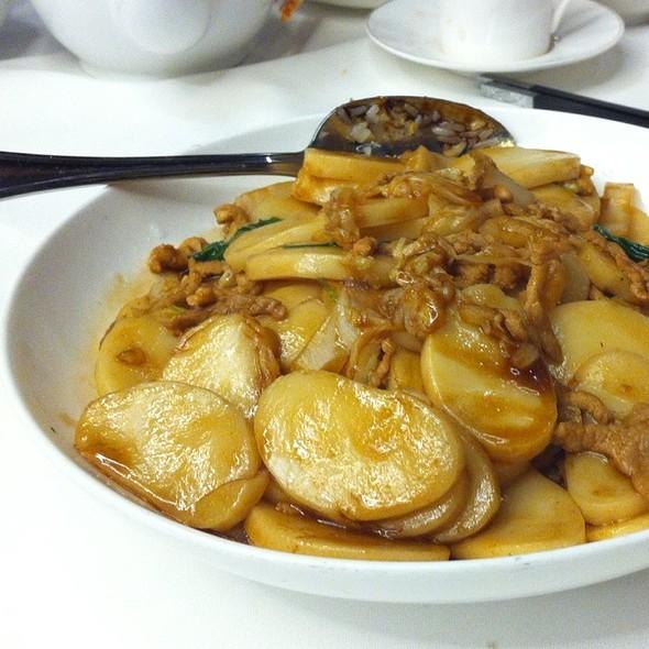 Stir Fry Shanghai Rice Cakes @ Shanghai Stories 1938