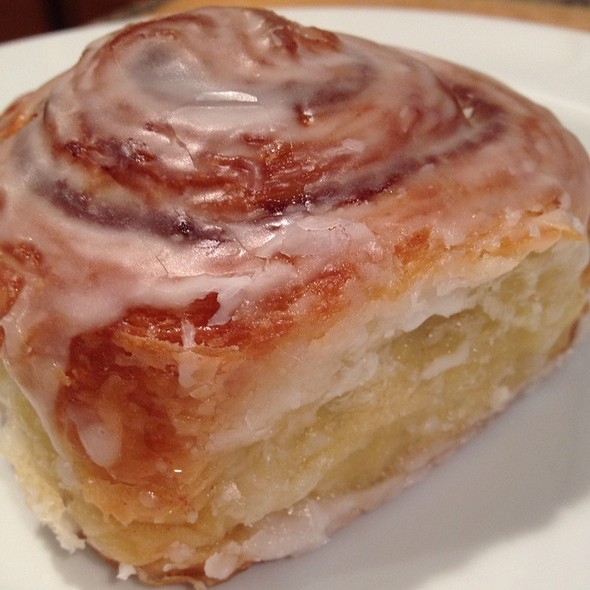 Cinnamon Bun @ The Greenbrier