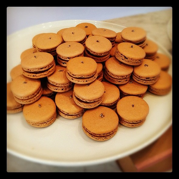 sf chefs marvelous macarons demo at williams-sonoma #sfchefs @ Williams-Sonoma