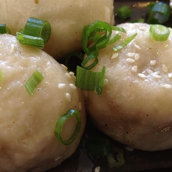 Pan-fried Shanghai Soup Dumpllings @ Kingdom of Dumpling