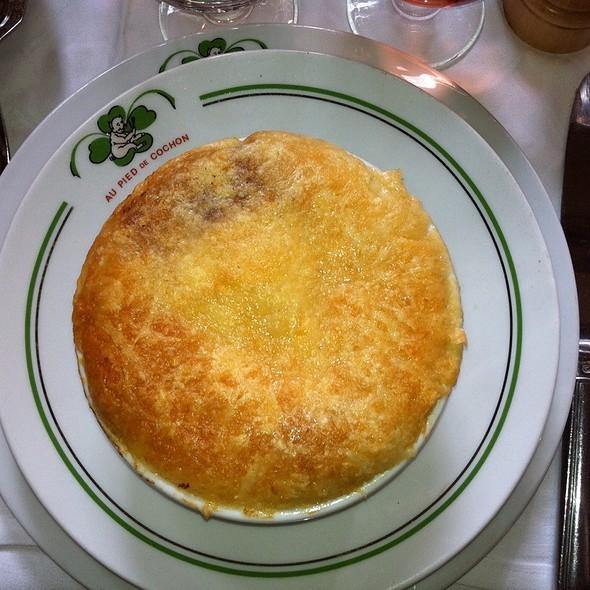 Soupe à l'oignon gratinée @ Paris