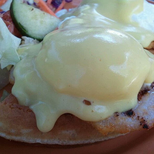 Waffle Benedict @ Prince Albert Pub The