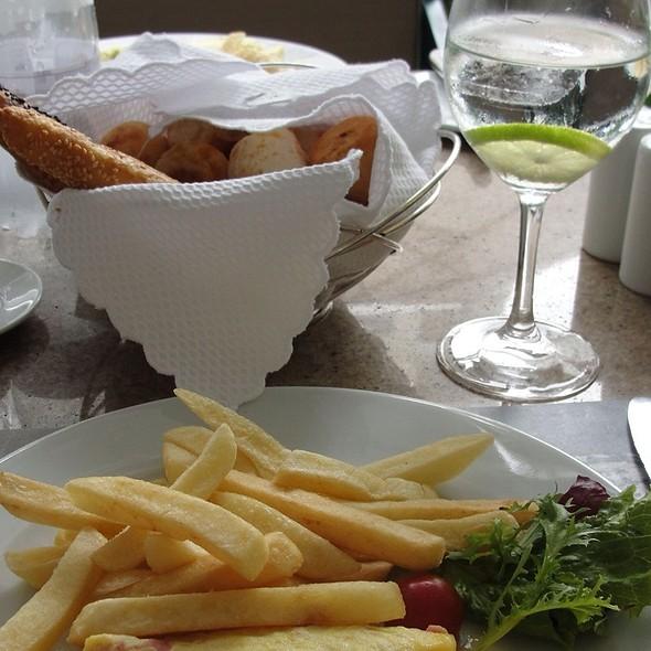 Omelete Com Salada  @ Pergula do Copacabana Palace