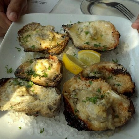 Char Grilled Oysters @ The Carriage House Restaurant