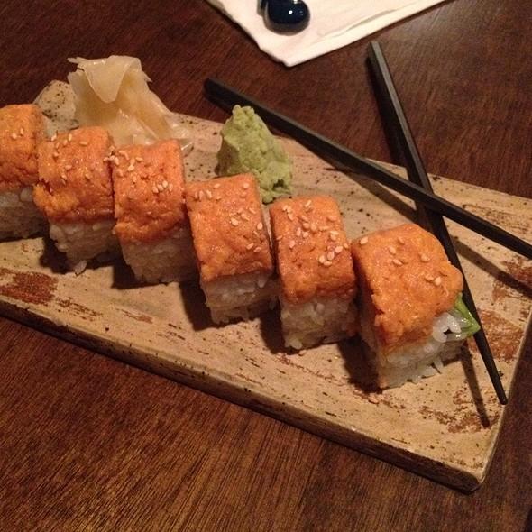 Spicy Tuna Rolls @ Izakaya Ku