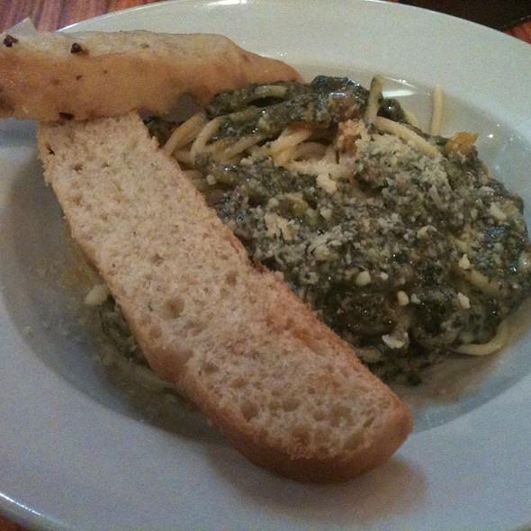 Malunggay Pesto Pasta @ Tsoko.Nut Batirol