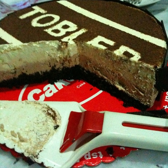 Toblerone Overload Cheesecake @ Cake2Go