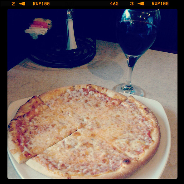 Four Cheese Pizza @ Flippers Pizzeria