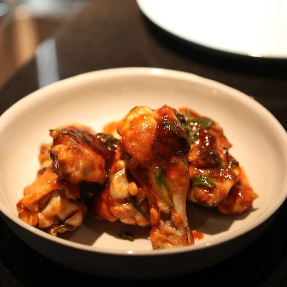 Chicken Wings @ Momofuku Seiōbo