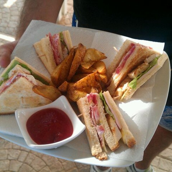 Club Sandwich @ Ammos Beach Bar, Chios