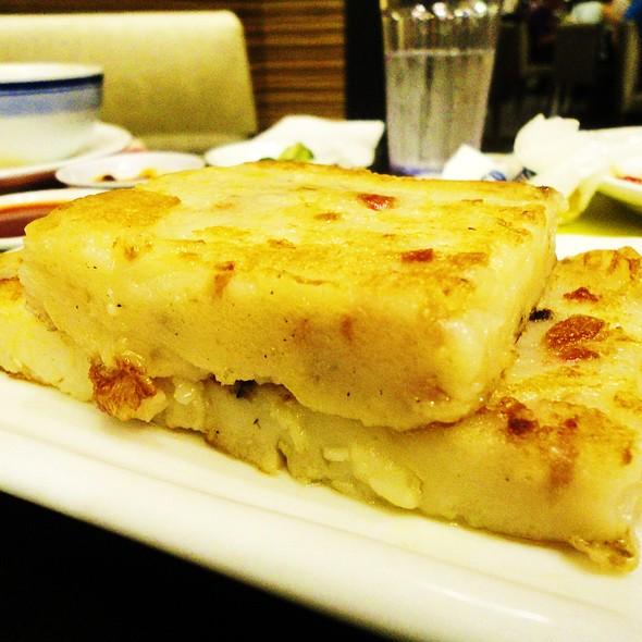 Fried Radish Cake @ Gloria Maris