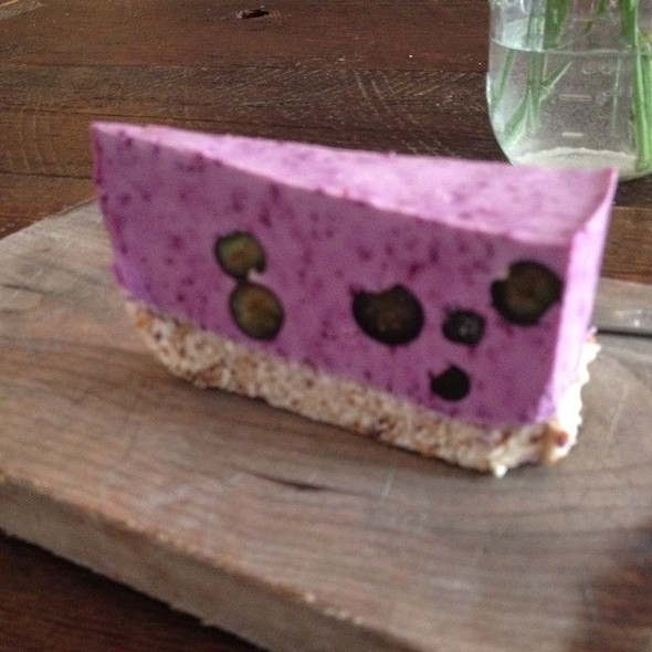 Blueberry Cheesecake @ Sun In Bloom