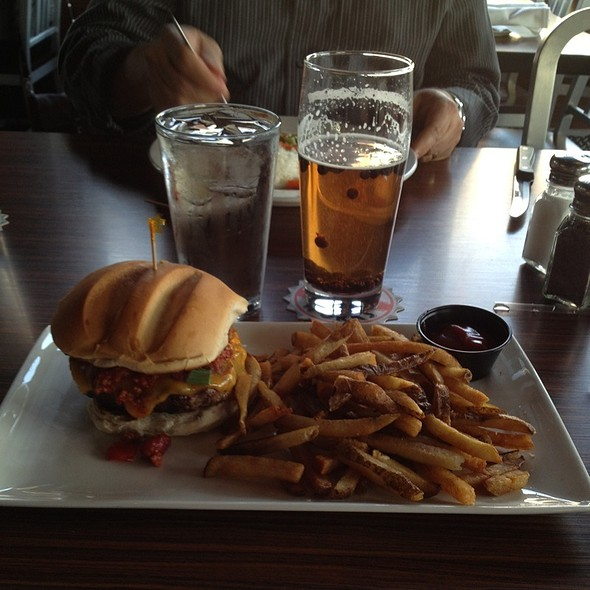 Fenway Burger, Fries @ Boston Beer Works