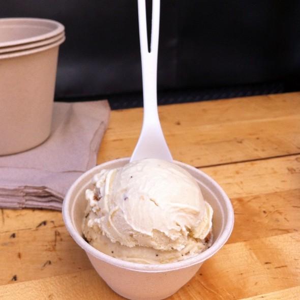 Roasted Banana Ice Cream