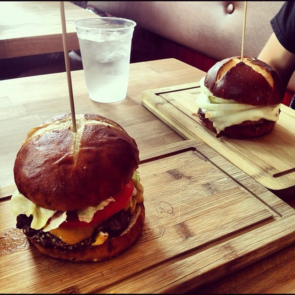 Bison Burger @ Butcher & The Burger