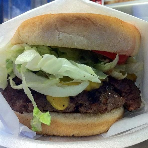 Black Angus Beef Burger @ Guero Loco's Bubba-Que
