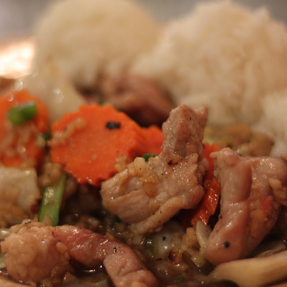 Garlic Lover with Pork @ Mango Thai Restaurant