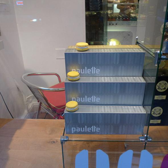 Parisian Macaroons @ Paulette Macarons