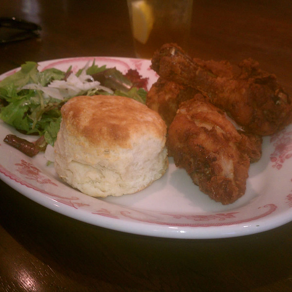 Fried Chicken and Biscuits @ Bobwhite Counter