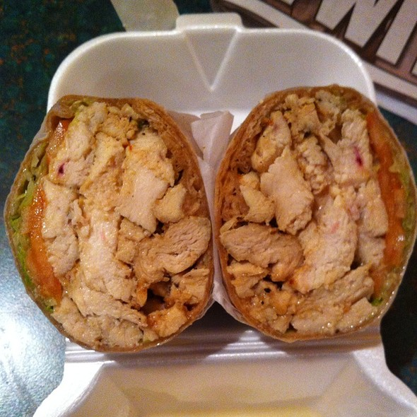 Grilled Chicken Wrap @ New York Bagel