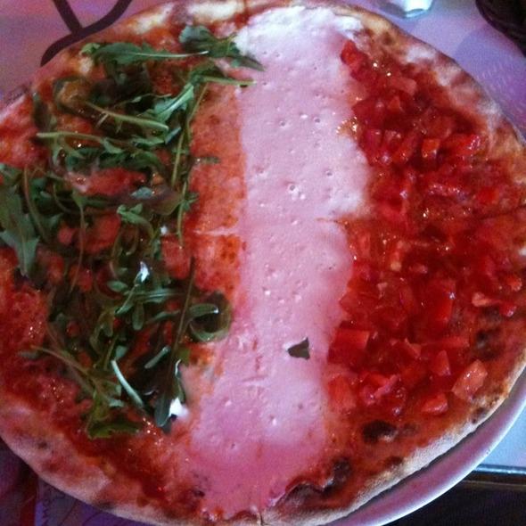 Pizza @ Piola