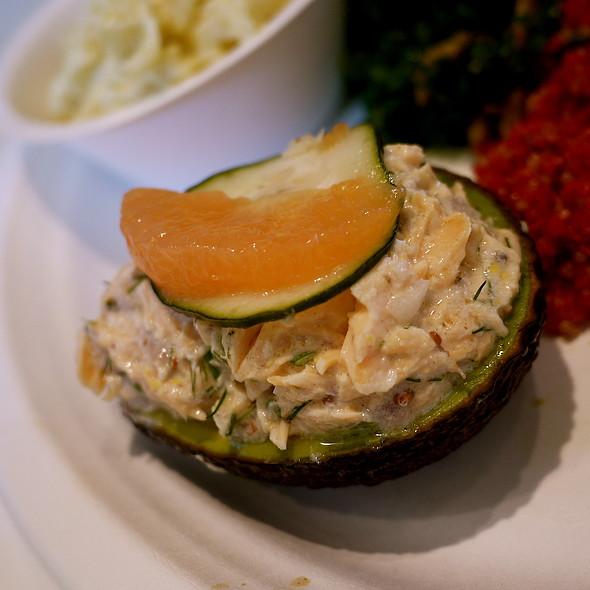Avocado Salmon Louie