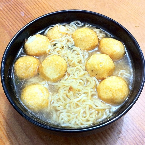 Instant Noodles With Onion Flavour @ Home