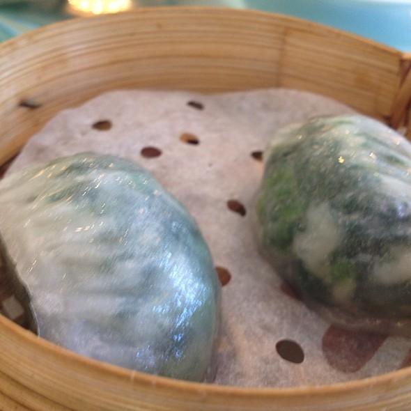 Spinach & Scallop Dumpling