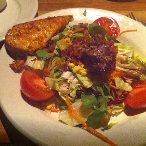 Salad @ Houston's