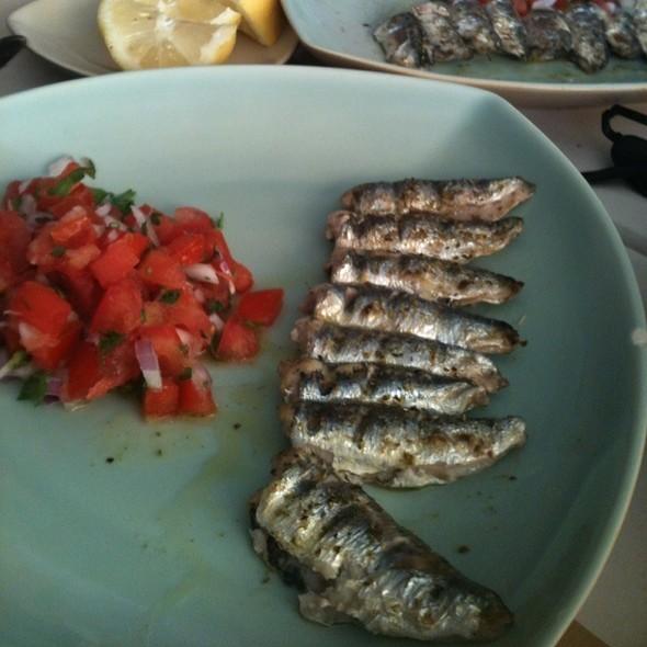 Sardines @ Σαρδελάκι
