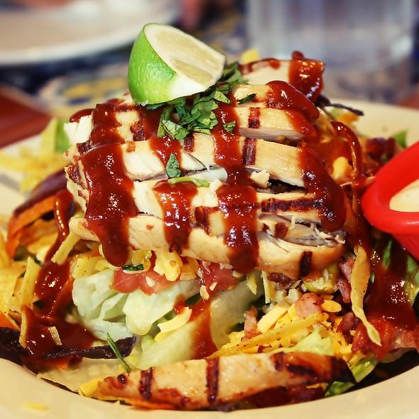 Grilled Chicken Caribbean Salad @ Chili's, Greenbelt 5