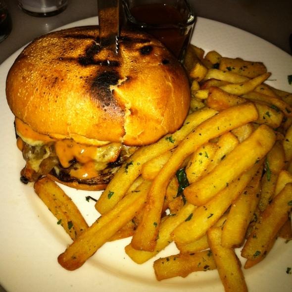 Burger @ Fish & Farm