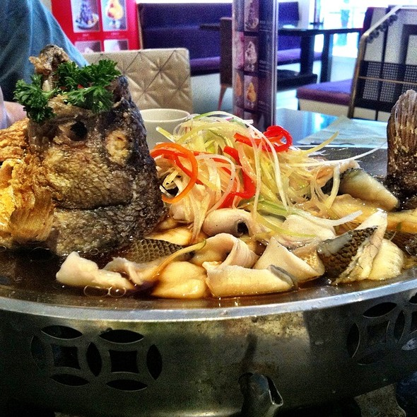 Steamed Whole Mandarin Fish @ Bellagio Cafe