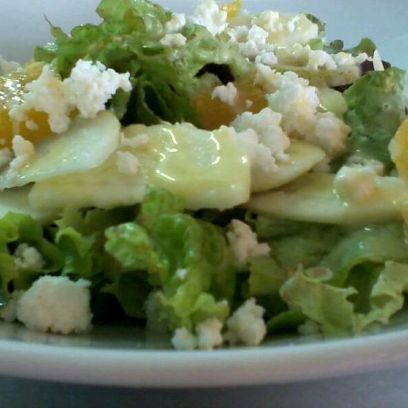 Salada de Requeijão com Frutas