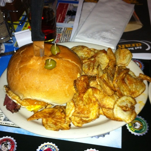 Expert Pastrami @ Fat Heads South Shore Saloon