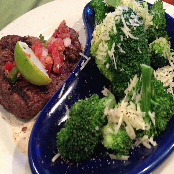 Lighter Side Steak @ Chili's Grill & Bar